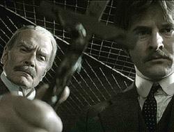 Van Helsing y Harker quieren salvar a Lucy de los peligrosos encantos del Conde